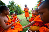 Child spend a monk at a Buddhist monastery Wat Klong Prao — Photo