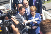 Angela Merkel look model airplane Airbus A350 XWB — Stock Photo
