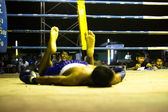 Unidentified Muaythai fighter in ring during match — Stock Photo