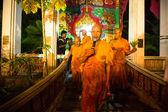 Unidentified buddhist monks during the celebration Buddhist festival Chotrul Duchen — Stock Photo