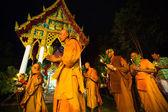 Unidentified buddhist monks during the celebration Buddhist festival — Stock Photo