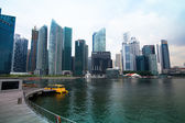View of city in Marina Bay business district — Stock Photo