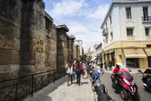 Athenians and tourists in center of city — ストック写真