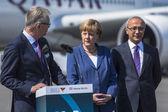 Angela Merkel and Lutfi Elvan on space exhibition ILA. — Stock Photo
