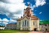 Kathedraal van tichvin veronderstelling klooster — Stockfoto