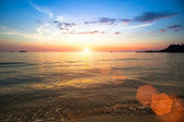 Beautiful sunset and sea beach — Stockfoto