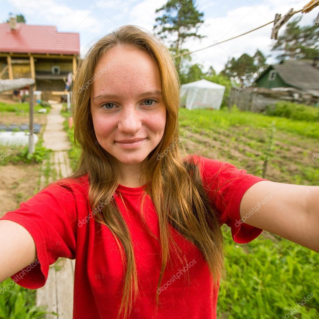 Country House Plan Teen Girl Taking A Selfie Stock Photo 169 Dimaberkut 49969195