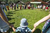 Participantes durante o festival folclórico do ivan-chá — Fotografia Stock