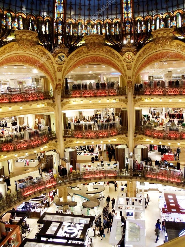 Boutiques in the galleries Lafayette in Paris, France. View from the fourth flour. April, 2011. — Stock Photo #12560609