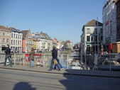 Tourists in Ghent. Belgium. April, 2012. — 图库照片