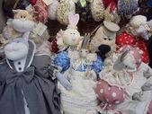 "Handmade soft collectible dolls. Moscow flea market ""Tishinka"". March, 2013. — 图库照片"