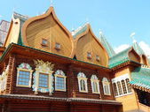 Russian tsar's wooden palace in Kolomenskoe (Moscow), built in the 17th century. August, 2013. — Stock Photo