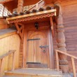 One of the porches in Russian tsar's wooden palace in Kolomenskoe, Moscow. August, 2013. — Stock Photo