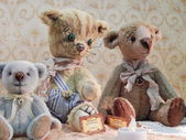 """Three collectible bears. The 5th Moscow International exhibition of collectible bears """"Hello, Teddy"""". December, 2013. — Stock Photo"""