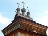 A wooden Saint George church, Kolomenskoye, Moscow. June, 2014. — Stockfoto