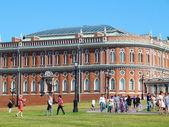 Bröd byggnad i museet tsaritsyno och reservera. tsaritsyno park. moskva. juli 2014. — Stockfoto