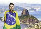 Brazilian man celebrates on Rio de Janeiro, Brazil — Stock Photo