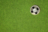 Hoyo de golf en un campo — Foto de Stock