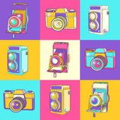Colorful set of vintage cameras — Vettoriale Stock