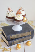 Christmas cupcakes — Стоковое фото