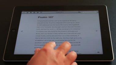 Reading Bible on iPad — Stock Video