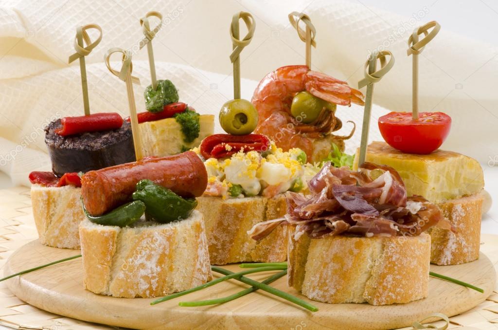 Cuisine espagnole tapas plateau de montaditos photo - Cuisine espagnole tapas ...