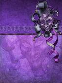 Fond violet avec un masque — Photo