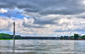View of the bridge from the river. — Stock fotografie