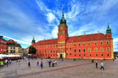Warsaw, old town, castle square and the royal castle. June 25 2014 — Foto de Stock