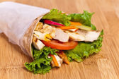 Wrap de pollo — Foto de Stock