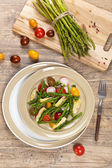 Roasted Asparagus and Artichoke Salad — Stock Photo