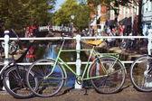 Vélo vert — Photo
