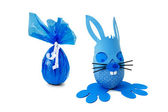 Blue Easter bunny and egg — Stock Photo