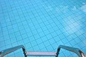 Sempre in piscina — Foto Stock