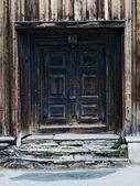 Porta velha casa de madeira — Fotografia Stock
