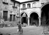Viterbo, Piazza San Pellegrino, today — Stock Photo