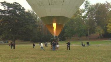 Hot-air balloon 24 — Stock Video