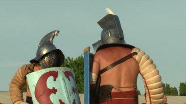 Roman legionaries during the reencatment — Stock Video