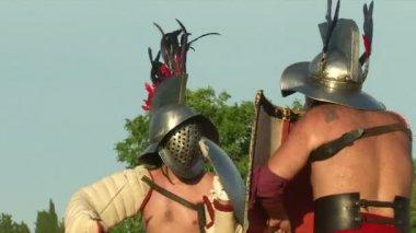 Legionários romanos durante o reencatment — Vídeo stock