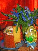 Huevo y torta de pascua — Foto de Stock