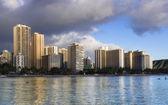 Buildings in Waikiki — Stock Photo