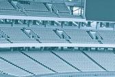 正面看台的座位观看游戏里面,大球场. — 图库照片
