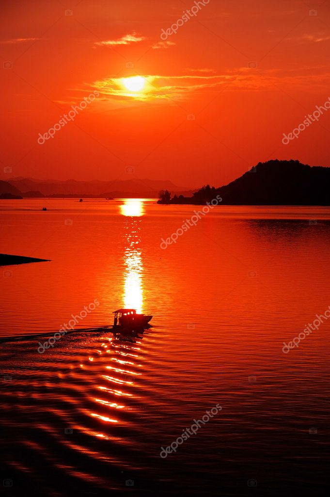Sunrise — Stock Photo #13686698