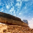 The boat stranded on the shore — Stock Photo