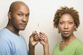 Wishbone exploração de casal africano — Foto Stock
