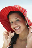 South American woman wearing sunhat — Stock Photo