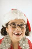 Junge Mädchen tragen eine Nikolausmütze — Stockfoto