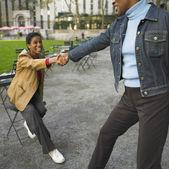 女人帮助朋友 — 图库照片