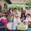 Group portrait of elderly woman's birthday party - Foto de Stock