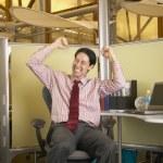 Kaufmann am Schreibtisch — Stockfoto